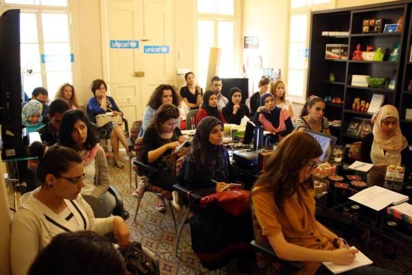 خلال إحدى ورش العمل للناشطين المدنيين